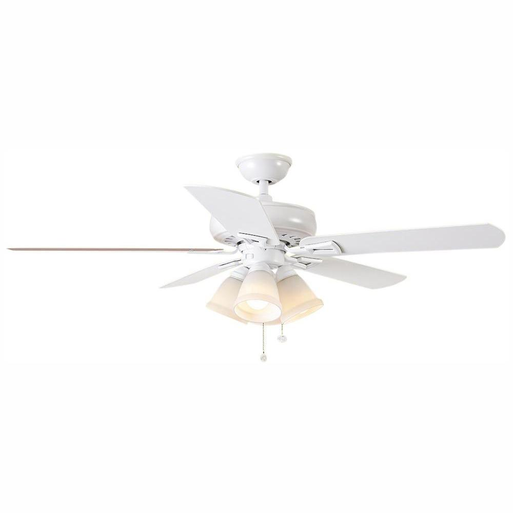 Hampton Bay Lyndhurst 52 in. LED Matte White Ceiling Fan with Light Kit