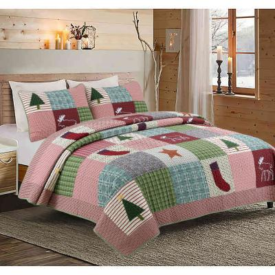 Rustic Christmas Lodge 3-Piece Red Green Holiday Cotton Queen Quilt Bedding Set