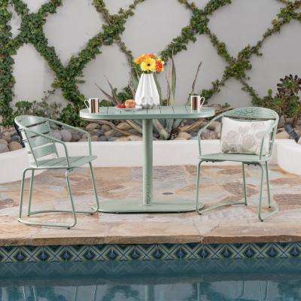 Crackle Green 3-Piece Metal Oval Outdoor Bistro Set