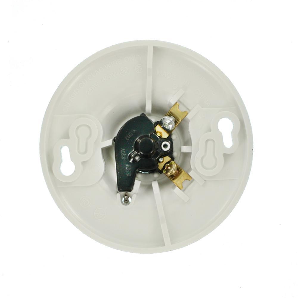 White Pull Chain Leviton 8827-CW1 One-Piece Urea Outlet Box Mount 1 Pack Incandescent Lampholder
