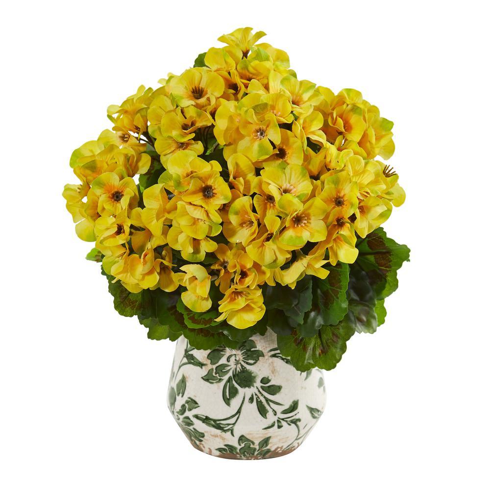 Indoor/Outdoor 12 Geranium Artificial Plant in Vase UV Resistant