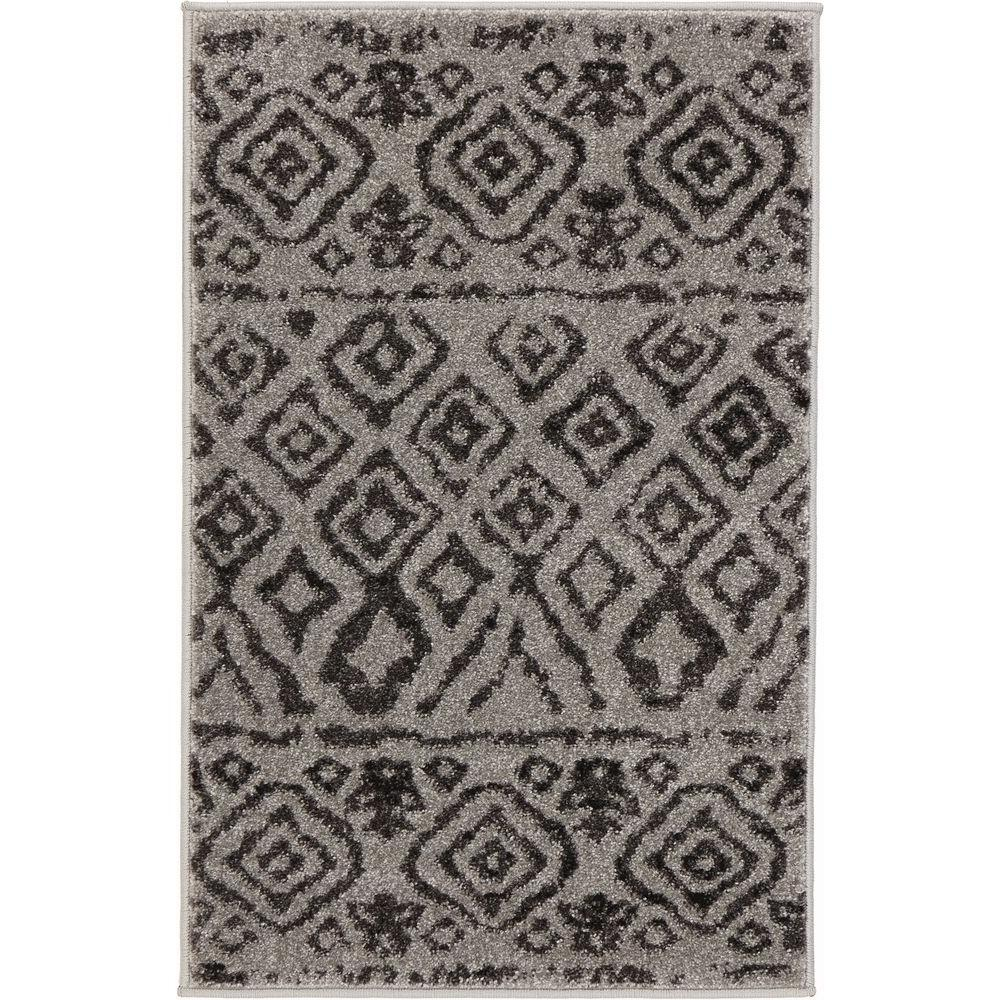 Tribal Essence Gray 2 ft. x 3 ft. Scatter Rug