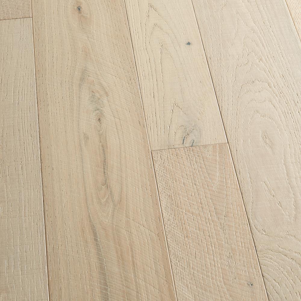 Malibu Wide Plank Take Home Sample French Oak Seacliff Engineered Click Lock Hardwood Flooring 5 In. X 7 In.