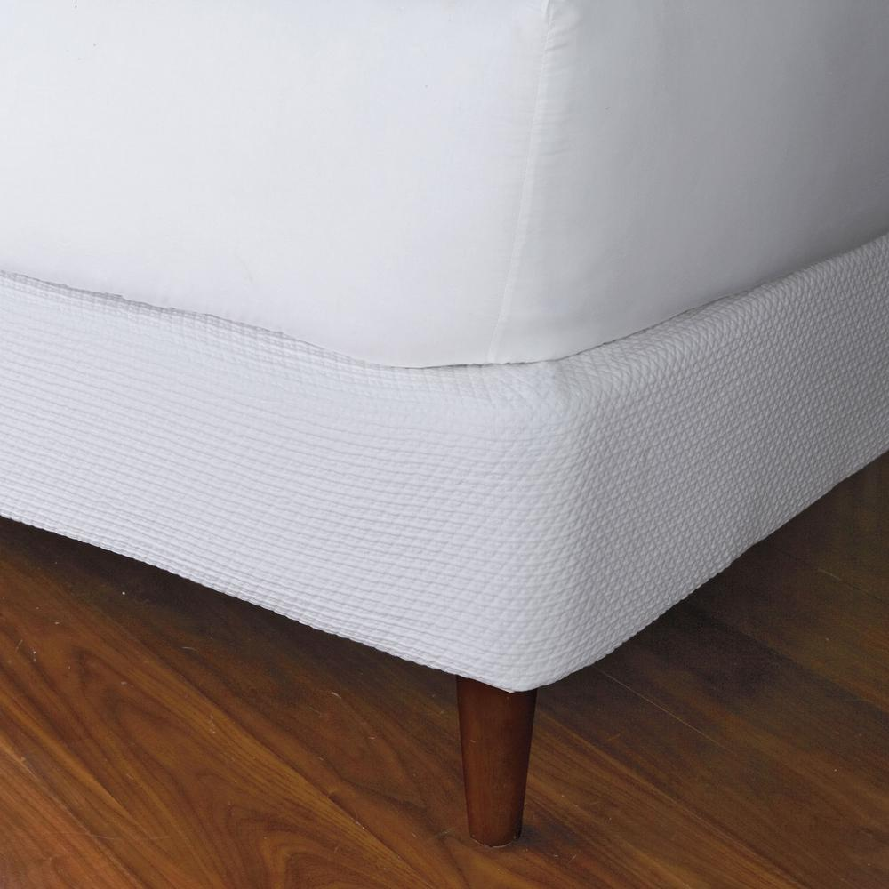The Company Store Madelyn Matelasse White Cotton Machine Washable Twin Box Spring Cover