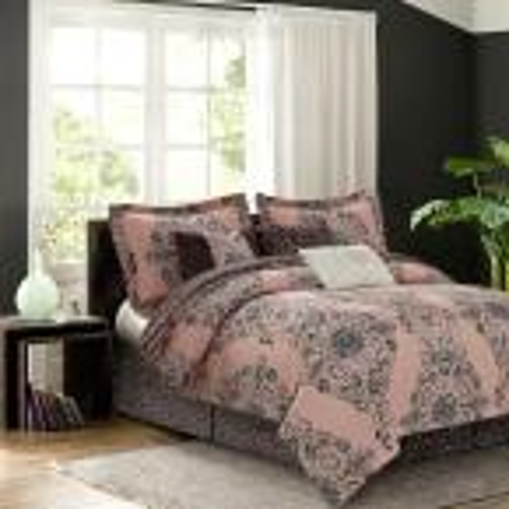 Bardot Blush 7-Piece Queen Comforter Set