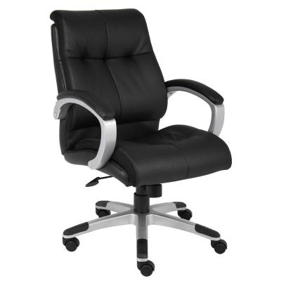 Executive Chair. Black Leather. Silver Finish Frame. Padded Arms Pneumatic lift.