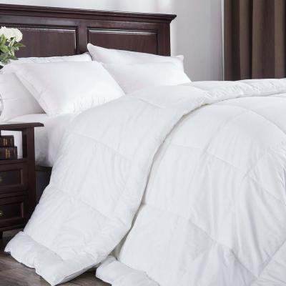Ultra Warmth White Full Down Alternative Comforter