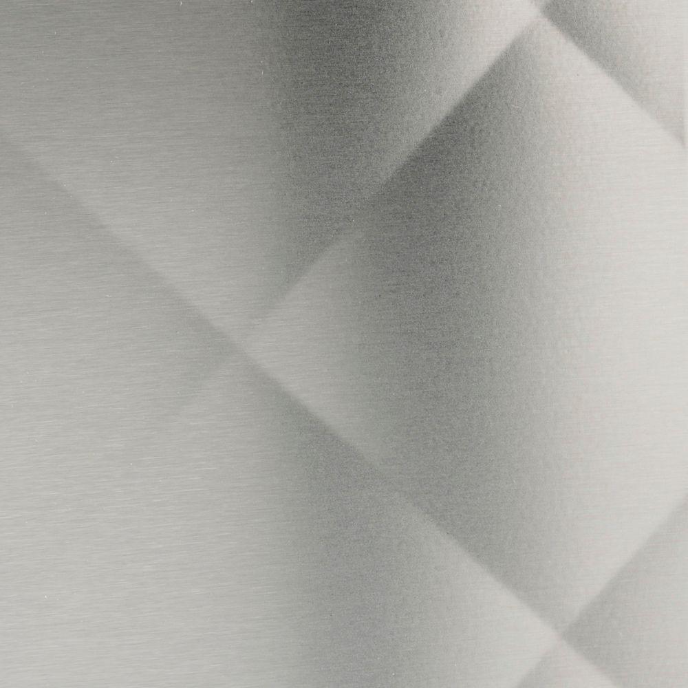 Frigo Design 30 in. x 30 in. Quilted Stainless Steel Backsplash