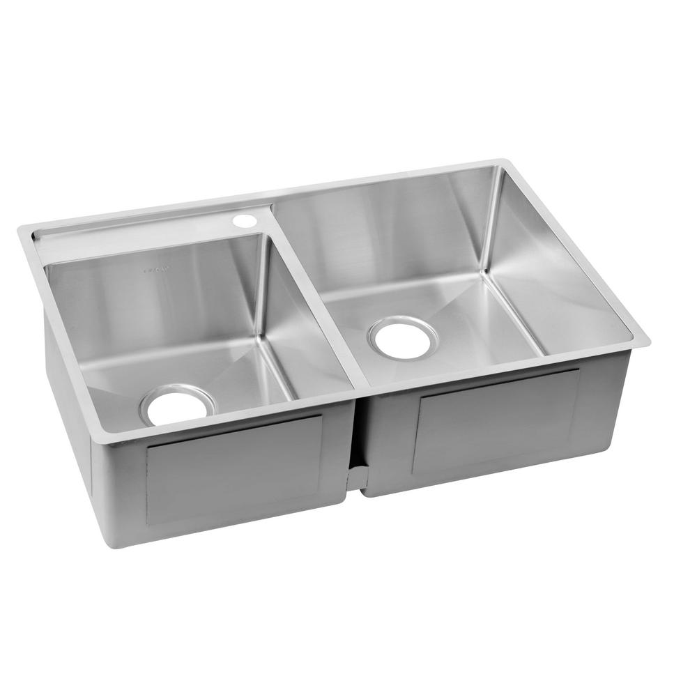 Elkay Crosstown Water Deck Undermount Stainless Steel 33 In Double Bowl Kitchen Sink