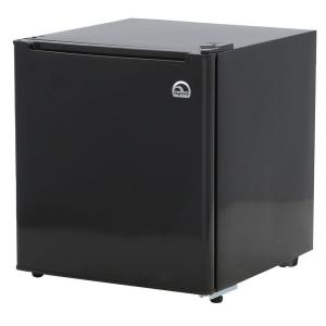 IGLOO 1.7 cu. ft. Mini Refrigerator in Black by IGLOO
