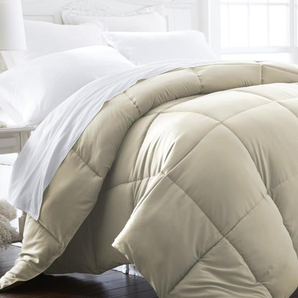 Performance Ivory Solid King Comforter