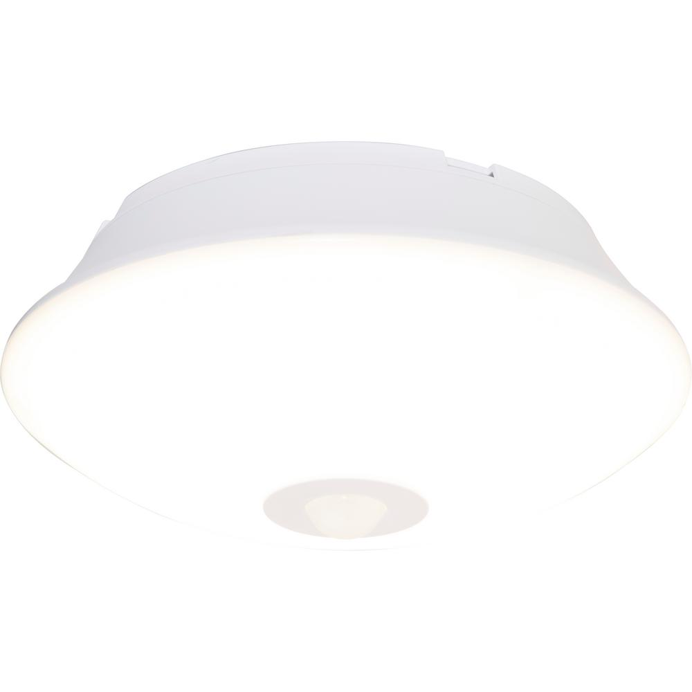 Energizer Wireless Motion-Activated 300 Lumens LED Ceiling ...