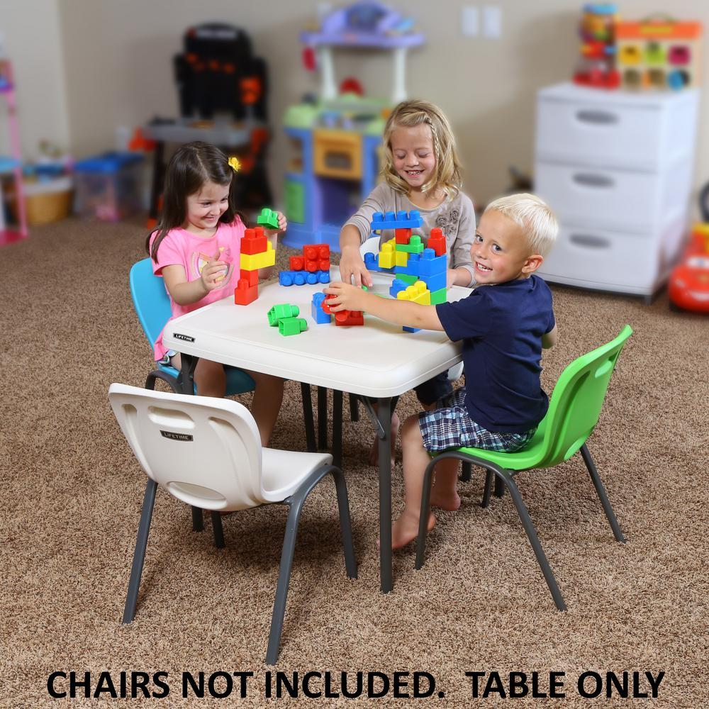 Incroyable Lifetime Childrenu0027s 24 In. W Square Almond Folding Table