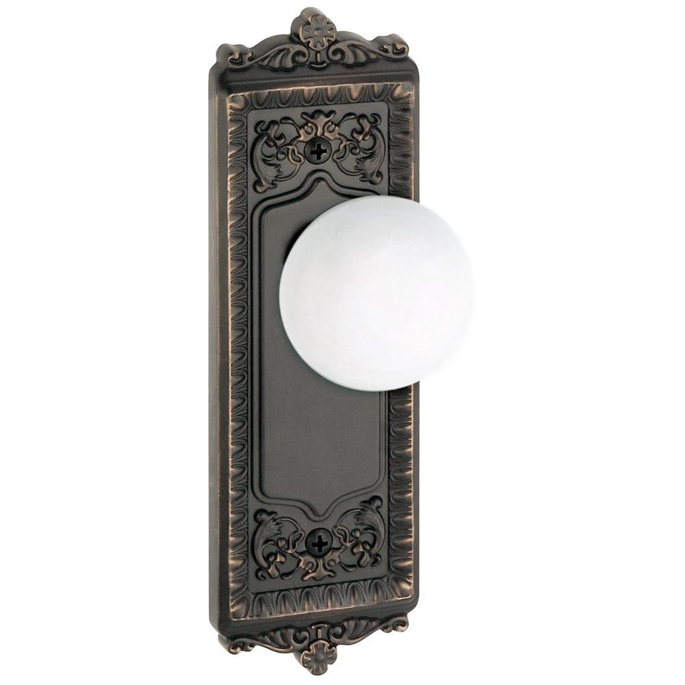 Grandeur Windsor Timeless Bronze Plate with Privacy Hyde Park Knob