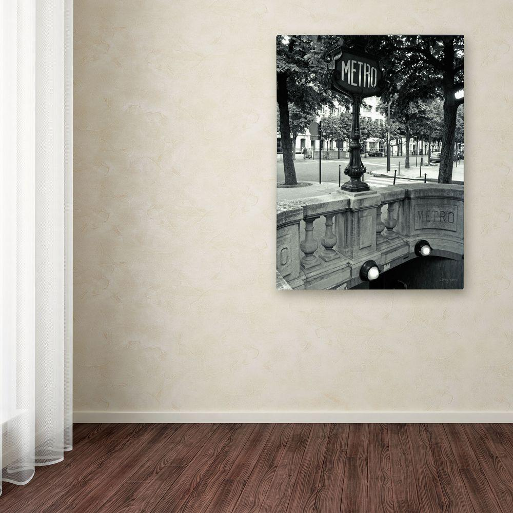 32 in. x 22 in. Le Metro Canvas Art
