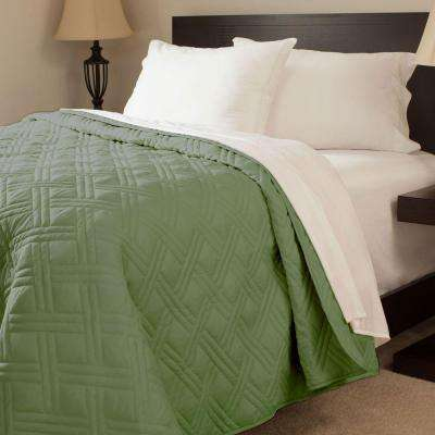 Solid Color Green Twin Bed Quilt