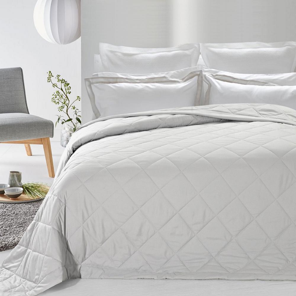 Never Down White Alternative Blanket