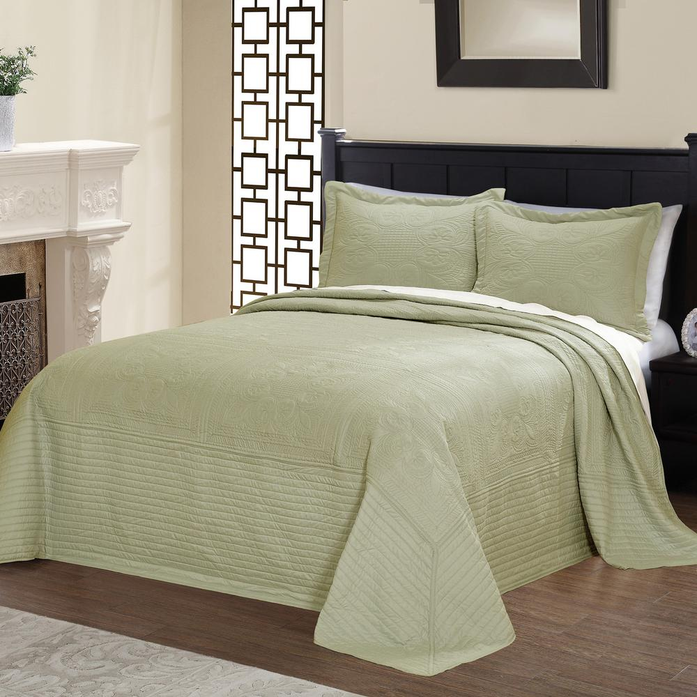American Traditions French Tile Quilted Sage King Bedspread