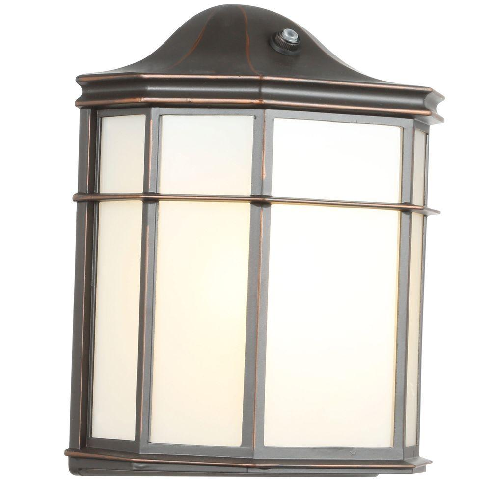 Hampton Bay 1-Light Oil-Rubbed Bronze Outdoor Dusk-to-Dawn Lantern ...