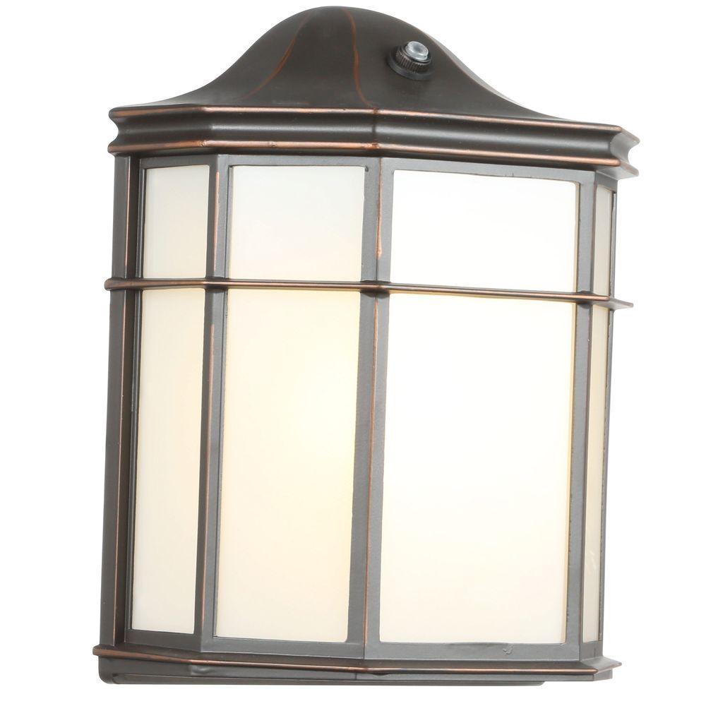 Hampton Bay 1 Light Oil Rubbed Bronze Outdoor Dusk To Dawn Lantern