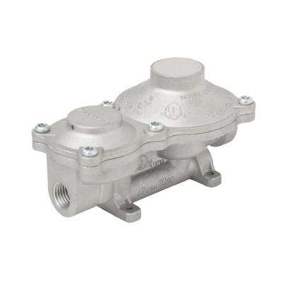 2-Stage Propane Gas RV Regulator with Rain Cover