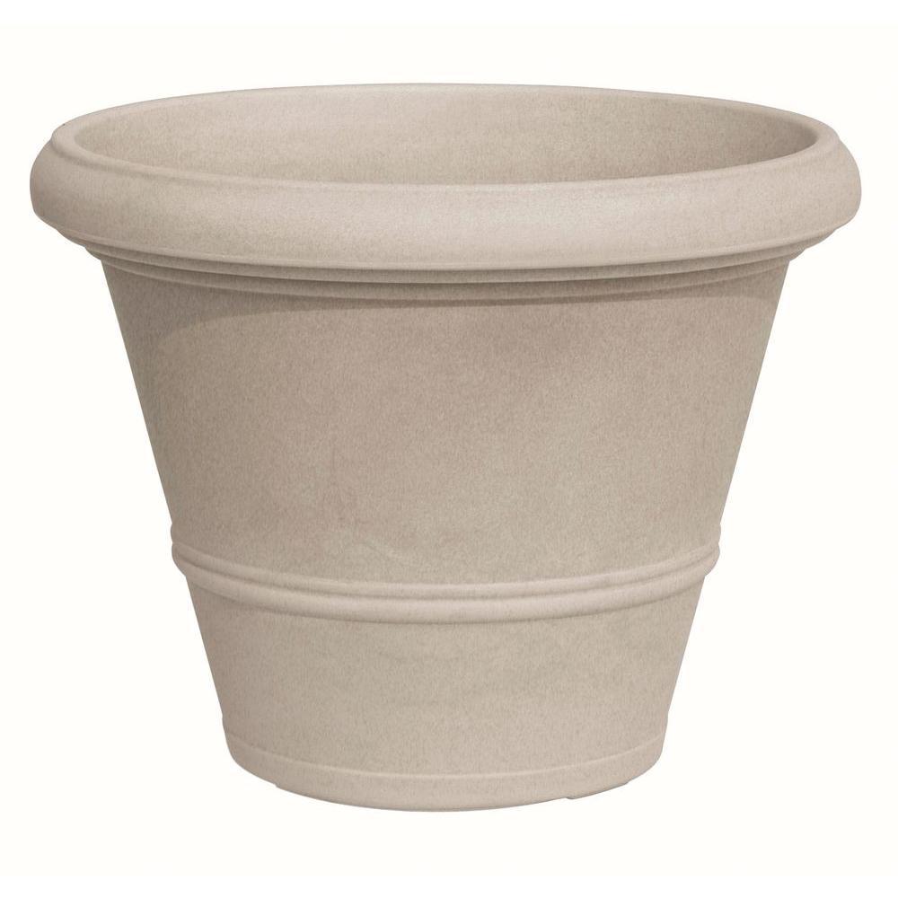 Marchioro 11.75 in. Dia Havana Round Plastic Planter Pot