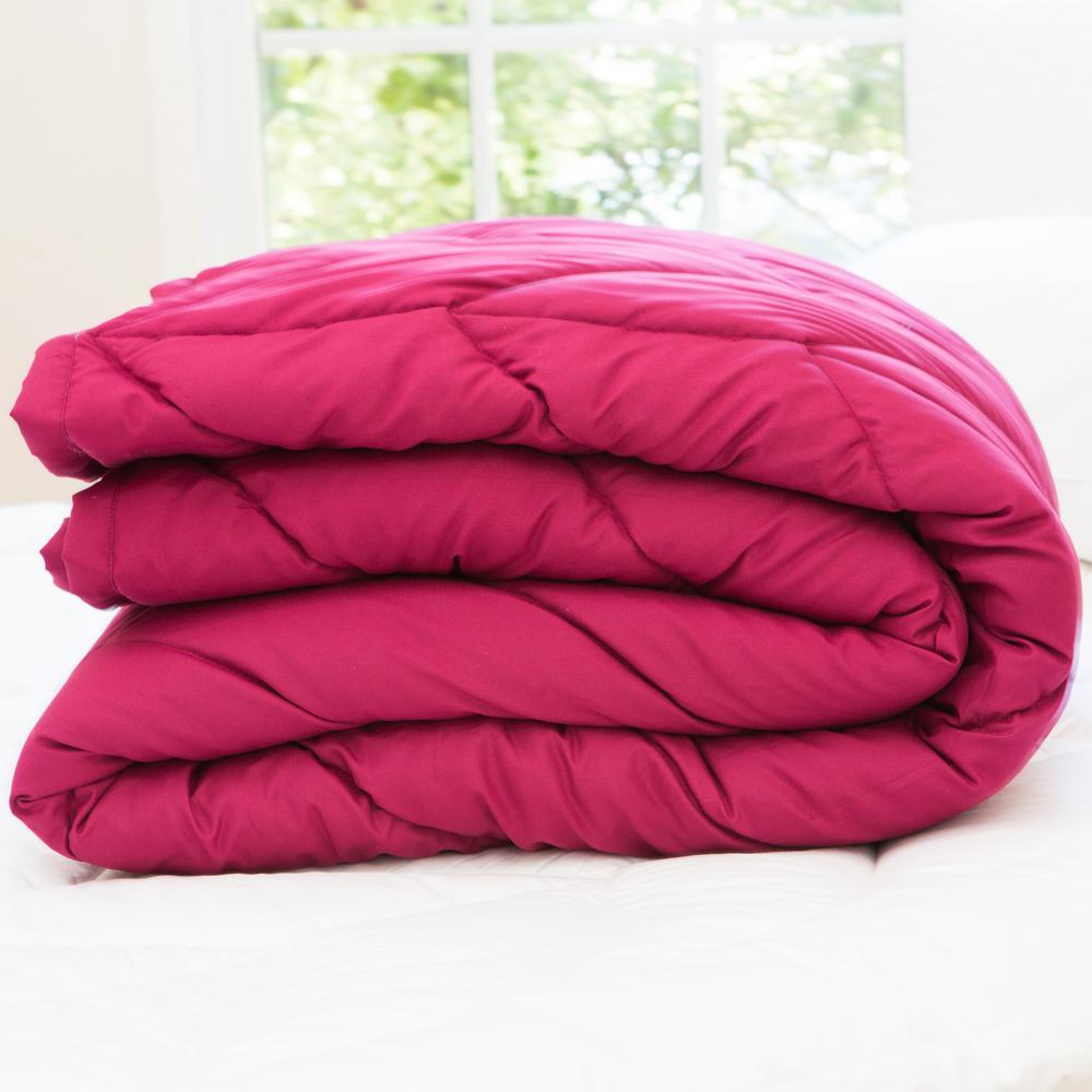 Chevron Red Microfiber Down Alternative Queen Blanket