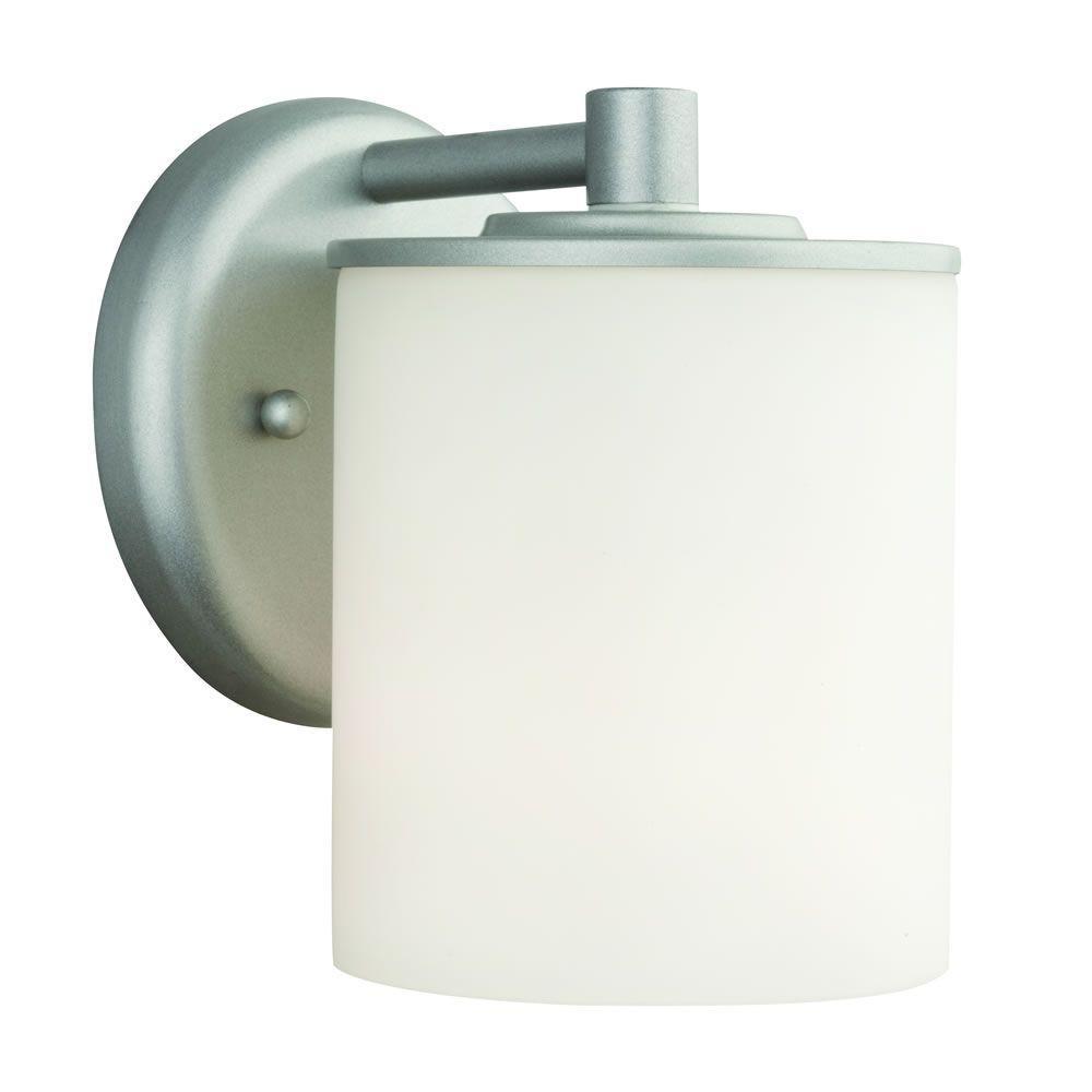 Midnight 1-Light Vista Silver Outdoor Wall Lantern
