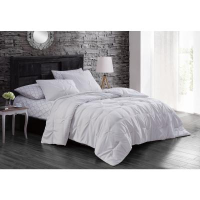 Flynn 7-Piece White Queen Bed in a Bag