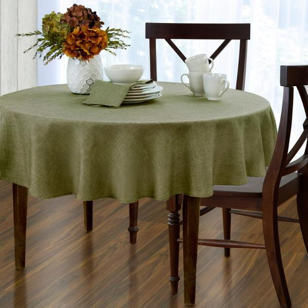 Elrene 70 in. Round Green Elrene Pennington Damask Fabric Tablecloth 21057GRN