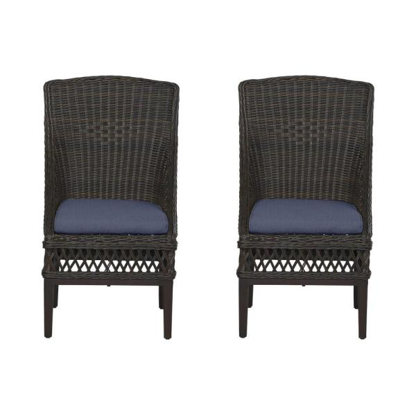 Woodbury Dark Brown Wicker Outdoor Patio Dining Chair with CushionGuard Midnight Navy Blue Cushions (2-Pack)