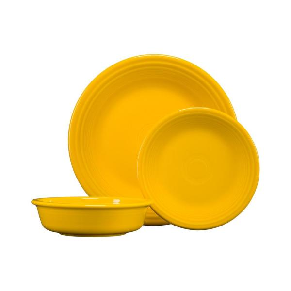 3-Piece Casual Daffodil Ceramic Dinnerware Set (Service for 1)