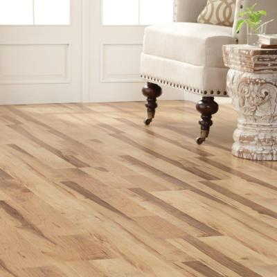 Colburn Maple 12 mm Thick x 7-7/8 in. Wide x 47-17/32 in. Length Laminate Flooring (15.59 sq. ft. / case)