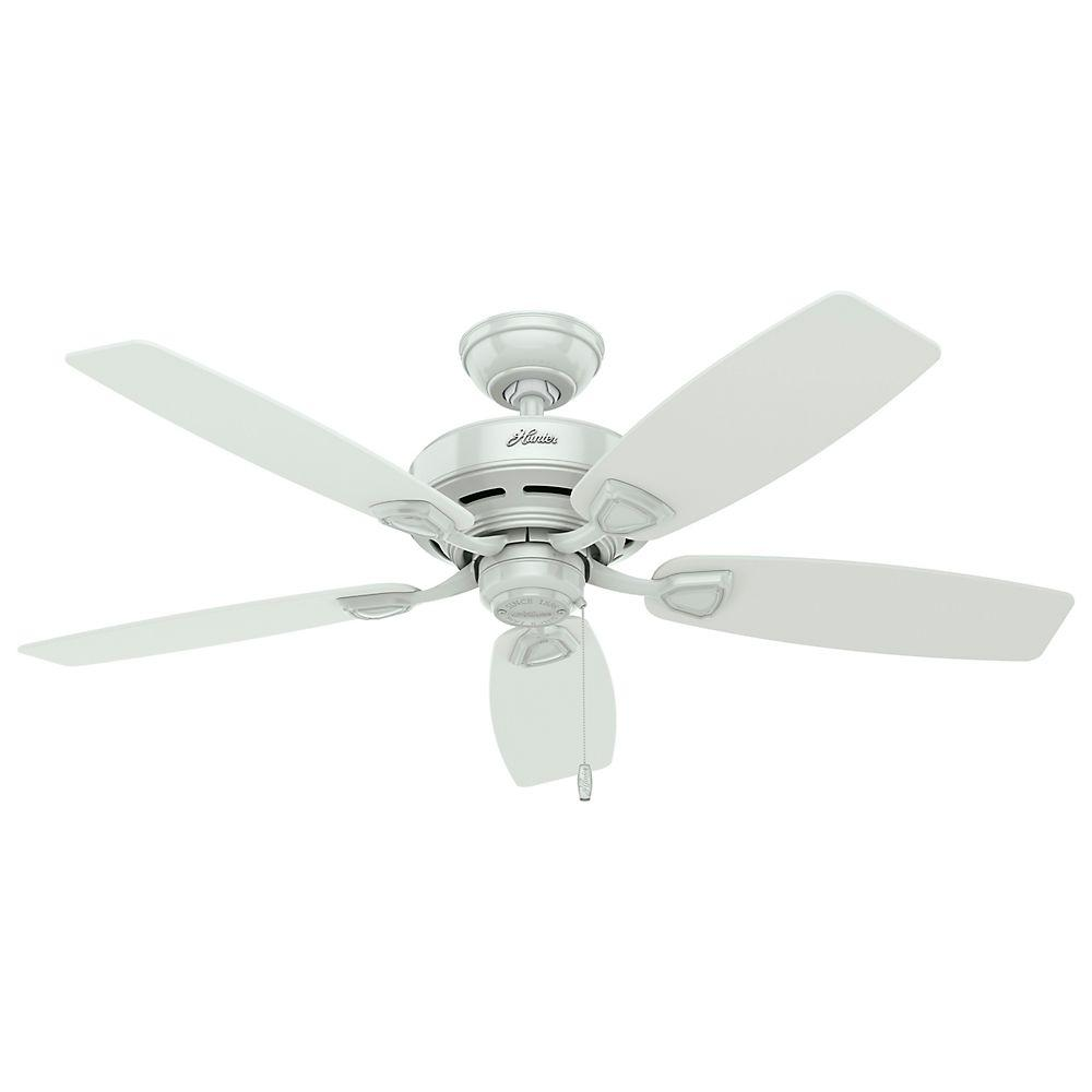 Hunter bridgeport 52 in indooroutdoor white damp rated ceiling indooroutdoor white ceiling fan aloadofball Images