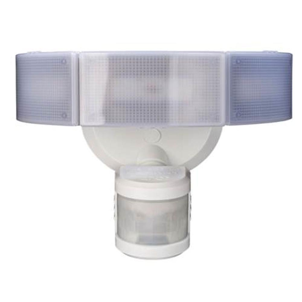 Elegant 270 Degree 3 Head White LED Motion Outdoor Security Light