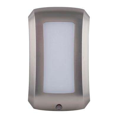Coverlite Flex Auto LED Night Light Brushed Nickel