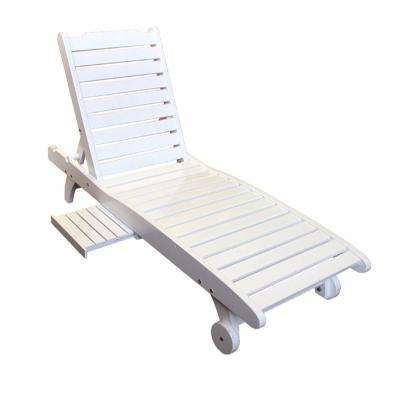 White Relaxing Wooden Outdoor Lounge Chair