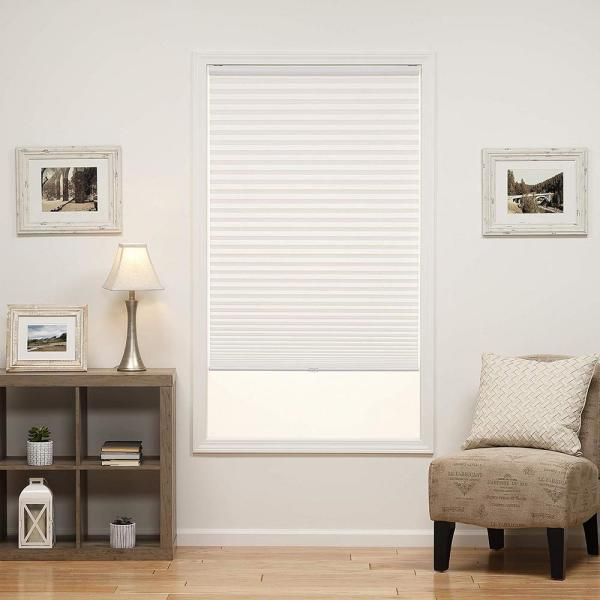 Perfect Lift Window Treatment Cut To Width White Cordless Light Filtering Pleated Shade 61 5 In W X 64 In L Qdwt614640 The Home Depot