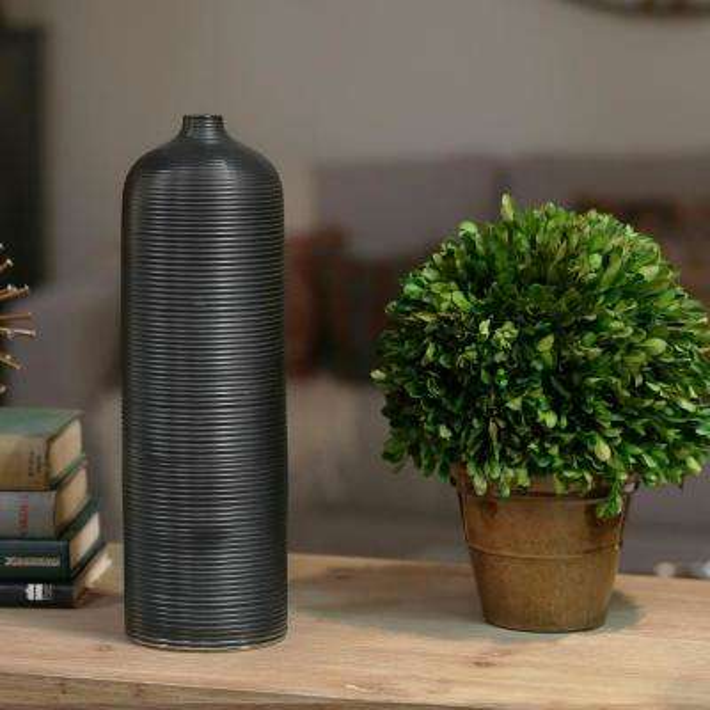 Black Coated Ceramic Decorative Vase