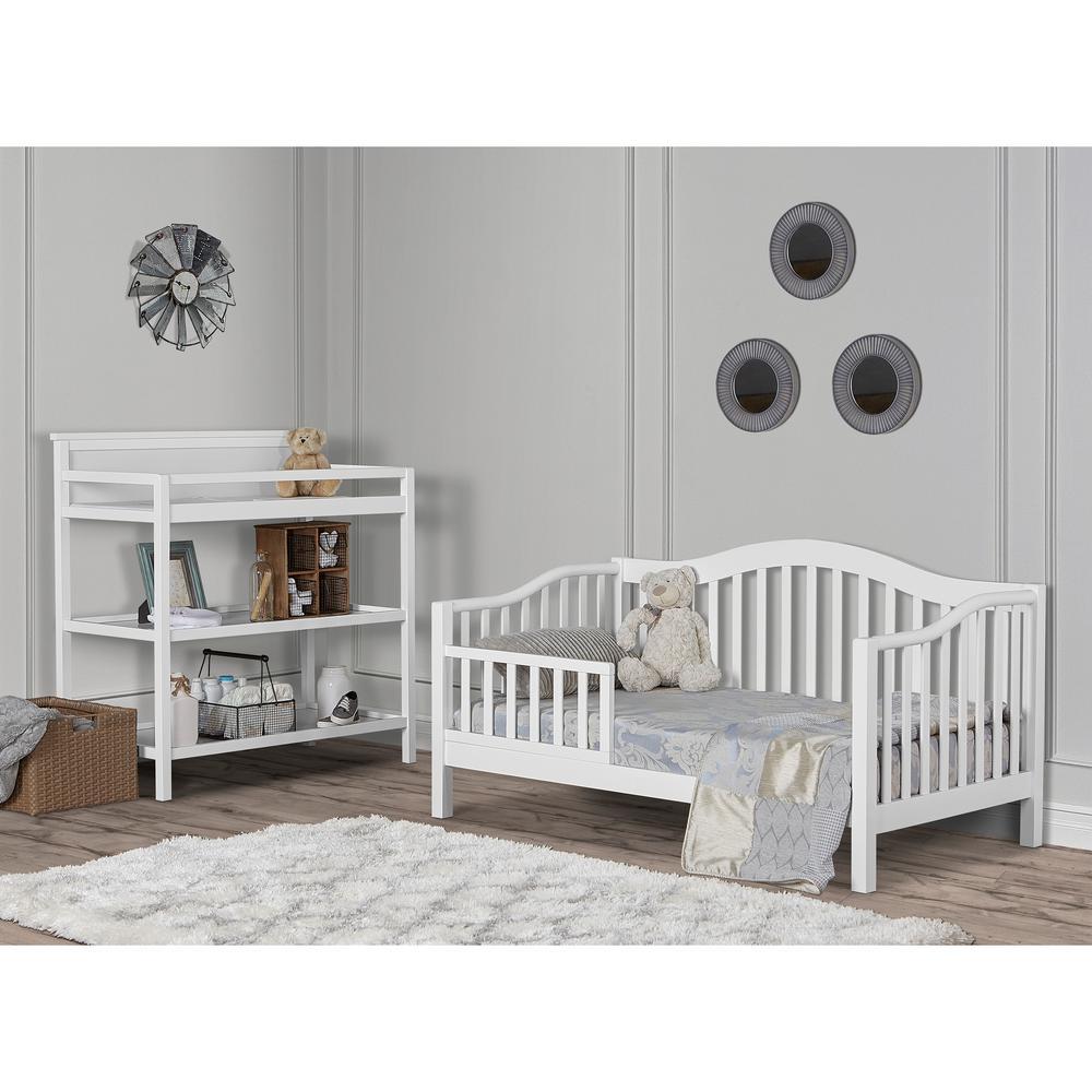 Austin White Toddler Adjustable Day Bed