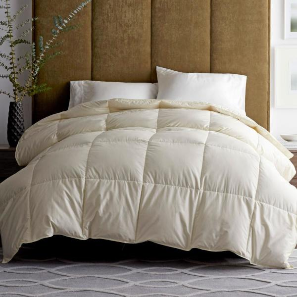 The Company Store Legends Luxury Geneva Medium Warmth Ivory King Down Comforter