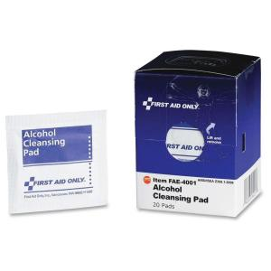 First Aid Only Alcohol Cleansing Pads (20 per Box) by First Aid Only