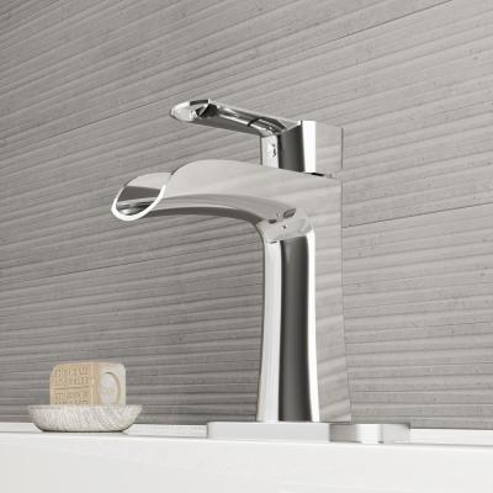 Paloma Single Hole Single-Handle Bathroom Faucet with Deck Plate in Chrome