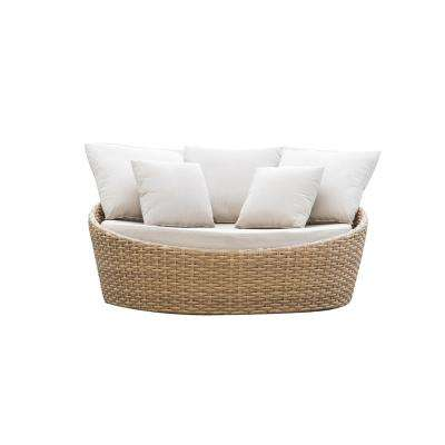 Cabana Wicker Round Outdoor Patio Daybed with 5 Beige Cushions