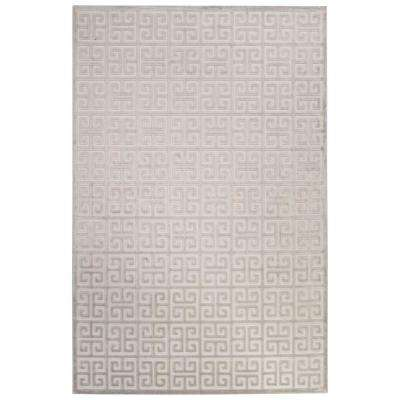 Machine Made Bright White 5 ft. x 7 ft. 6 in. Trellis and Chain Area Rug