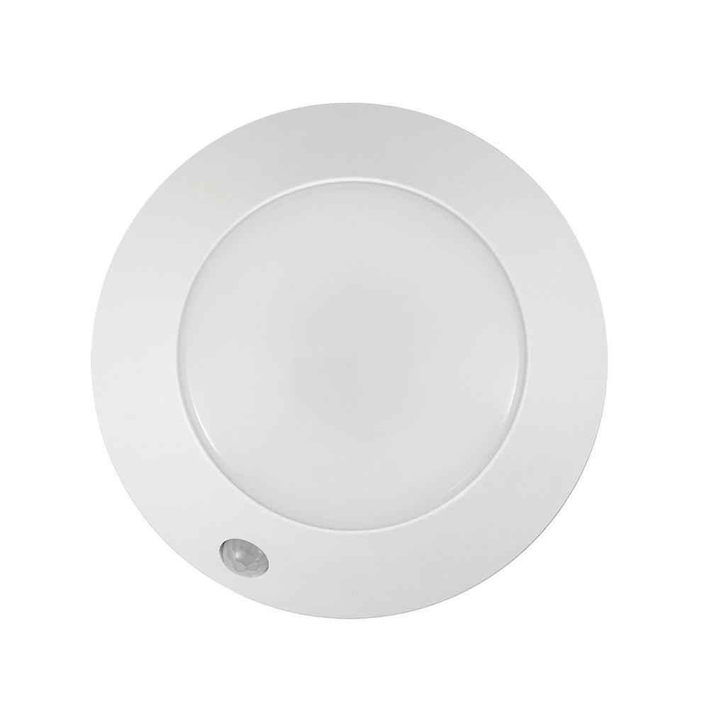 Westek 5 in. LED White Battery Powered Puck Light with Sensor ...
