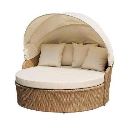Blueczy Wicker Outdoor Patio Day Bed with Beige Cushions