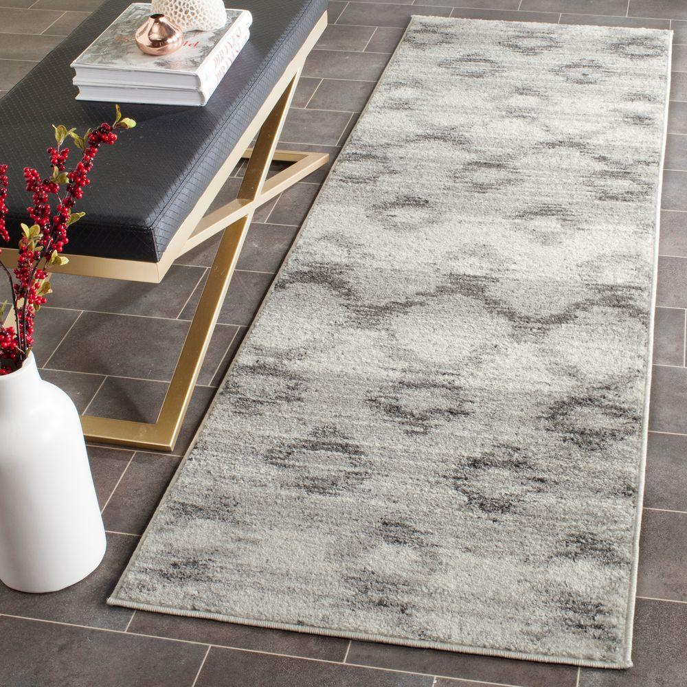Safavieh Adirondack Silver Charcoal 3 Ft X 8 Runner Rug