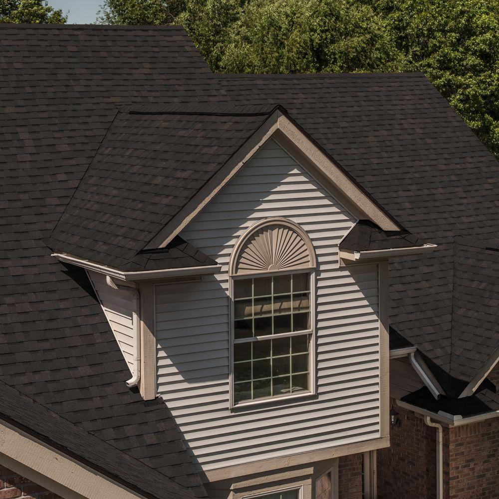 Owens Corning Oakridge Black Walnut Laminate Architectural Shingles 32 8 Sq Ft Per Bundle