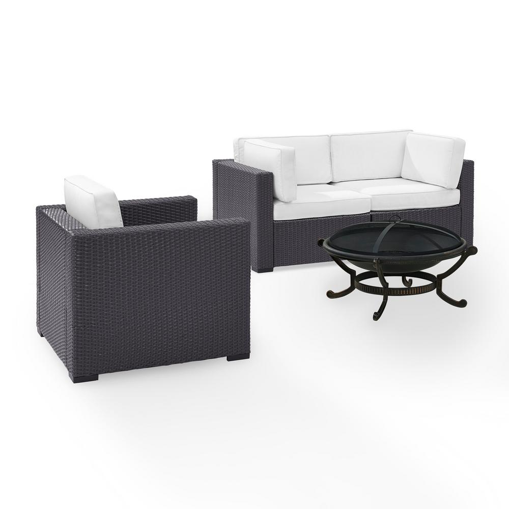 Pleasant Biscayne 4 Piece Wicker Outdoor Sectional Set With White Cushions Unemploymentrelief Wooden Chair Designs For Living Room Unemploymentrelieforg